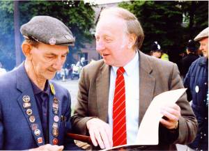 Sid with Arthur Scargill during the Miners' Strike